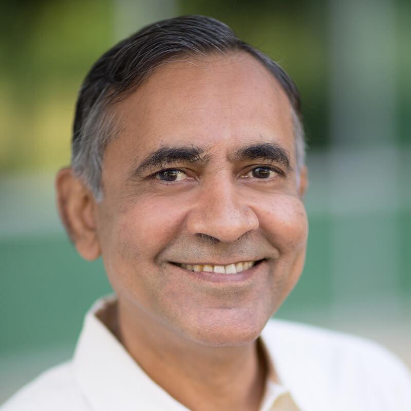 Sanjay Uppal, Sencha